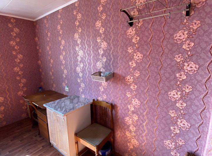 Комната  на Железнякова 1