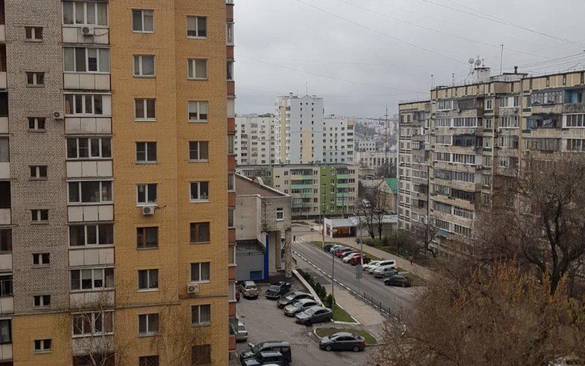 Продам 3 х ком. квартиру по Белгородского полка 67